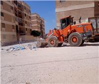 رفع 2100 طن قمامة بمطروحوتعقيم سوق ليبيا التجاري