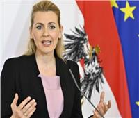 وزيرة العمل النمساوية: أثار أزمة كورونا على سوق العمل ستستمر لفترة طويلة