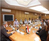 سكرتير عام محافظة قنا يعقد اجتماعًا لمتابعة تنفيذ مشروعات «حياة كريمة»
