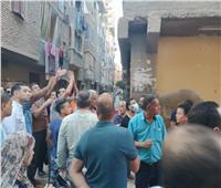مصادر: 7 أشخاص مازالوا تحت أنقاض منزل المحلة المنهار