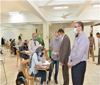 نائب رئيس جامعة أسيوط يتفقد أول أياماختبارات القدراتبكلية التربية النوعية