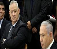 شقاق بين شطري الائتلاف الحاكم في إسرائيل ينذر بالعودة لنقطة الصفر