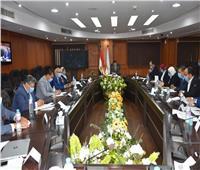 """وزير الشباب والرياضة يناقش الأفكار والمبادرات الجديدة في """" سمينار الشباب"""" الأسبوعي"""
