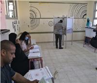 صور| توافد الناخبون على 727 لجنة بانتخابات الشيوخ في الإسكندرية