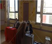 بالفيديو..المواطنون يدلون بأصواتهم في مدرسة الملك فهد بمدينة نصر