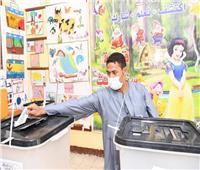 محافظ قنا: فتح جميع اللجان الإنتخابية في موعدها وانتظام عملية التصويت