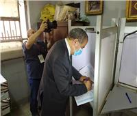 وزير التموين يدلي بصوته في انتخابات مجلس الشيوخ