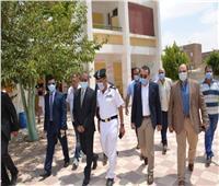 محافظ الإسماعيلية يتفقد لجان انتخابات مجلس الشيوخ