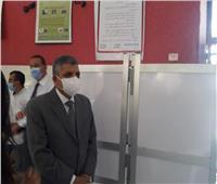 صور  رئيس هيئة قناة السويس يتفقد لجان انتخابات الشيوخ بالإسماعيلية