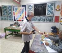 أمين مستقبل وطن بأسيوط يدلي بصوته ويدعو المواطنين للمشاركة الإيجابية