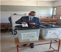 محمود بكري يدلي بصوته في انتخابات مجلس الشيوخ