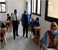 رئيس جامعة القناة تتابع اختبارات القدرات بكلية التربية