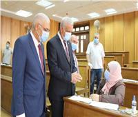 رئيس جامعة المنوفية يتفقد امتحانات الدراسات العليا بمجمع الكليات