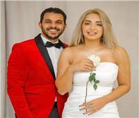 بعد زواج لمدة عام.. حقيقة انفصال المطرب محمد رشاد ومي حلمي