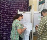 صور| لليوم الثاني.. إقبال كبير بلجنة مدرسة التوفيقة الثانوية بشبرا