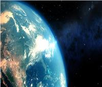 فيديو| رصد ظاهرتين ساحرتين على الأرض في وقت واحد