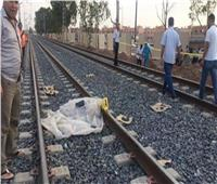 مصرع شخص مجهول الهوية أسفل عجلات القطار في قنا