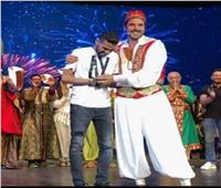 بالفيديو  مجدي الهواري: أحمد عز صاحب فكرة تكريم مؤمن زكريا على المسرح