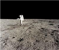 ترامب يتعهد بإرسال امرأة إلى القمر ورفع العلم على المريخ