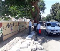 محافظ أسيوط: تركيب بلدورات ومواصلة أعمال الرصف لشارع الثورة