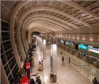«بلومبرج»: ملياردير هندي يسعى لشراء حصة استراتيجية في مطار مومباي الدولي