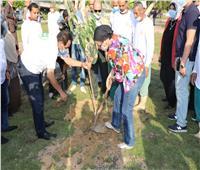وزارة البيئة تنفذ حملة تشجير بحديقة ألماظة في مصر الجديدة