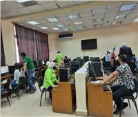 بالصور.. توافد 1363 طالب على معامل جامعة عين شمس في أول أيام المرحلة الثانية