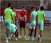 «فايلر» يجتمع مع لاعبي الأهلي قبل المران بملعب التتش