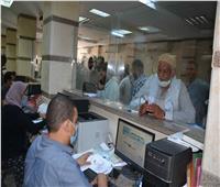 محافظ المنيا يوجه بالتيسير على مقدمي طلبات التصالحوتوفير استراحات لتقليل الزحام