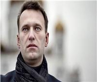 المعارض الروسي البارز نافالني ينشر صورة له وهو يمشي على قدميه