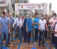 وزير الرياضة ومحافظ الشرقية يشاركان في ماراثون دراجات