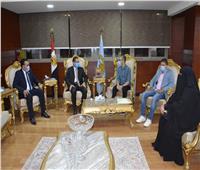 محافظ الغربية يستقبل الطالب محمد علي  قاهر السرطان