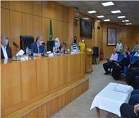 مقدمة من صندوق التنمية المحلية.. محافظ المنيا يسلم 63 مشروعاً تنموياً لمواطني 6 مراكز