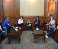 وزير الرياضة يبحث مع لجنة الاتحاد الدولى لكرة اليد استعدادات الصالات للمونديال