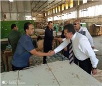 نقابة الكيماويات تستعرض مطالب عمال «مصر للحرير» بكفر الدوار