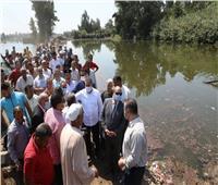 محافـظ المنوفية يتابع تمهيد طريق «جزيرة أبو نشابة» بالسادات