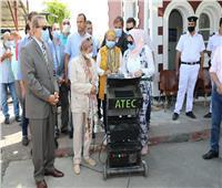 وزيرة البيئة تتفقد لجنة لفحص عوادم السيارات في كفر الشيخ