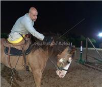 حكاية أبو جبل متحدي جديد للإعاقة يمتطي الخيل بدون ساقين