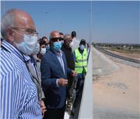 وزير النقل يتابع معدلات تنفيذ محور سمالوط على النيل بتكلفة 1.872 مليار جنيه