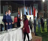 """محافظ القاهرة يشهد احتفالية توزيع 3 آلاف شهادة """"أمان"""" على المراة المعيلة بالأسمرات"""