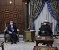 الإمام الأكبر: الأزهر بصدد إطلاق برنامج تعليمي متكامل للتعريف بالإسلام