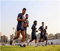 طارق يحيى يعقد جلسة فنية مع لاعبي الزمالك قبل انطلاق المران