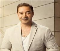مدحت صالح يحصد جائزة الإبداع بمهرجان «همسة» في دورته الثامنة