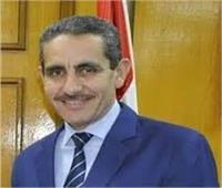 محافظ الغربية ونائبه ييهنئان «عتمان» لقيامه بأعمال رئاسة جامعة طنطا