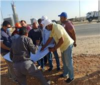 نائب رئيس «هيئة المجتمعات العمرانية» يتفقد مشروعات المرافق بالعاصمة الإدارية الجديدة