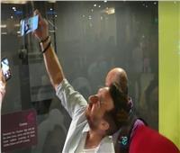صور وفيديو| نضال الشافعي ومنة فضالي يحتفلان بعرض «زنزانة 7» مع الجمهور