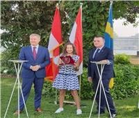 السفيران السويدي والكندي يكرمان لاعبة الأهلي هنا جودة