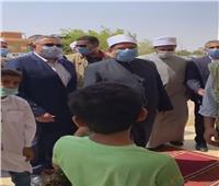 وزير الأوقاف ومحافظ البحر الأحمر يتفقدان المرحلة الثانية من مدينة الحرفيين بالغردقة