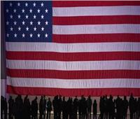 الولايات المتحدة تمدد قيود السفر على الحدود المشتركة لها مع كندا والمكسيك