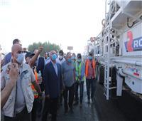 صور| وزير النقل يتابع تنفيذ مشروعات خدمية وتنموية بمحافظات الصعيد